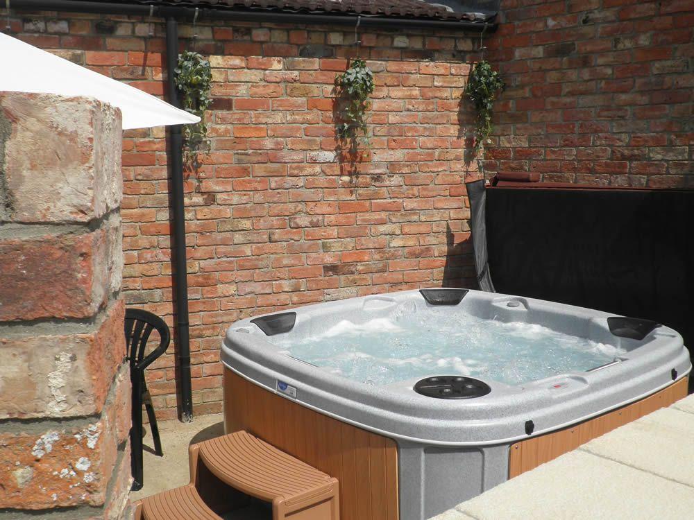 Buy a Hot Tub in Wakefield - HotTubHireWakefield.co.uk